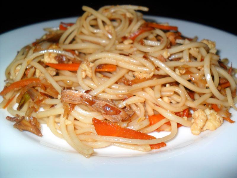 Chicken Noodles, Linuskitchen, Linu Freddy