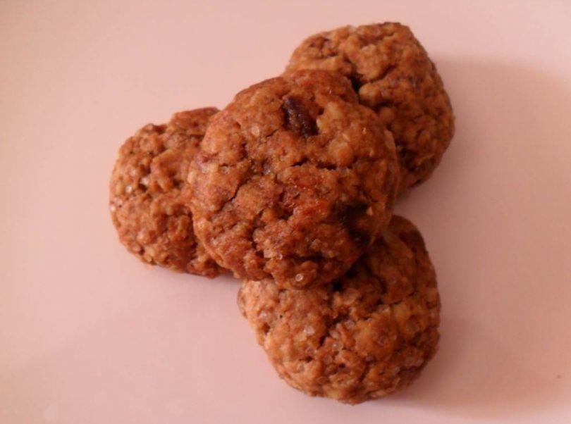 Oats Dates Raisin Cookies, Linuskitchen, Linu Freddy
